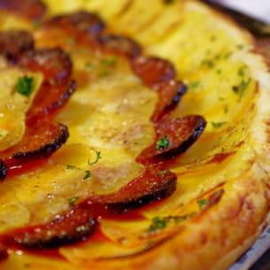 tarte fine aux pommes de terre et chorizo