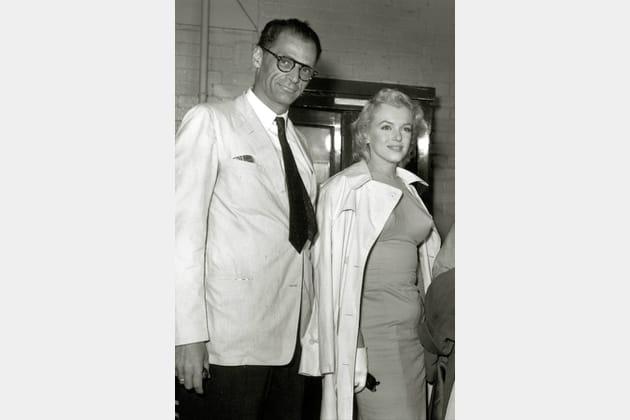 Marilyn Monroe en robe moulante