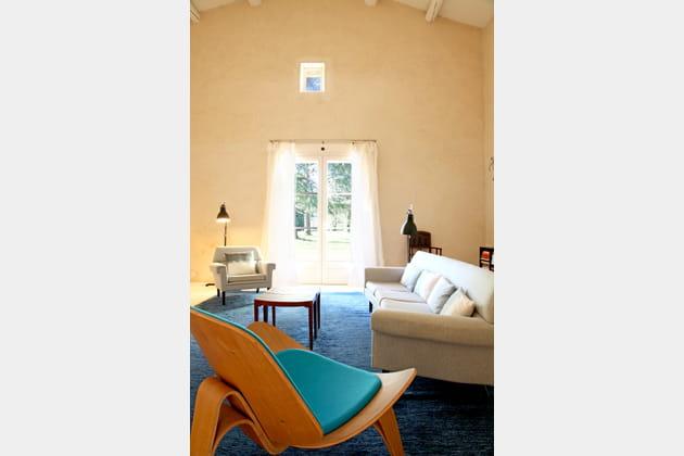 Un fauteuil design turquoise