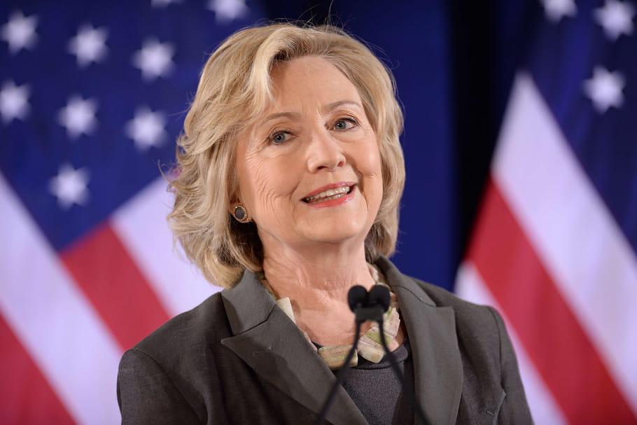 USA: les femmes à fond derrière Hillary Clinton