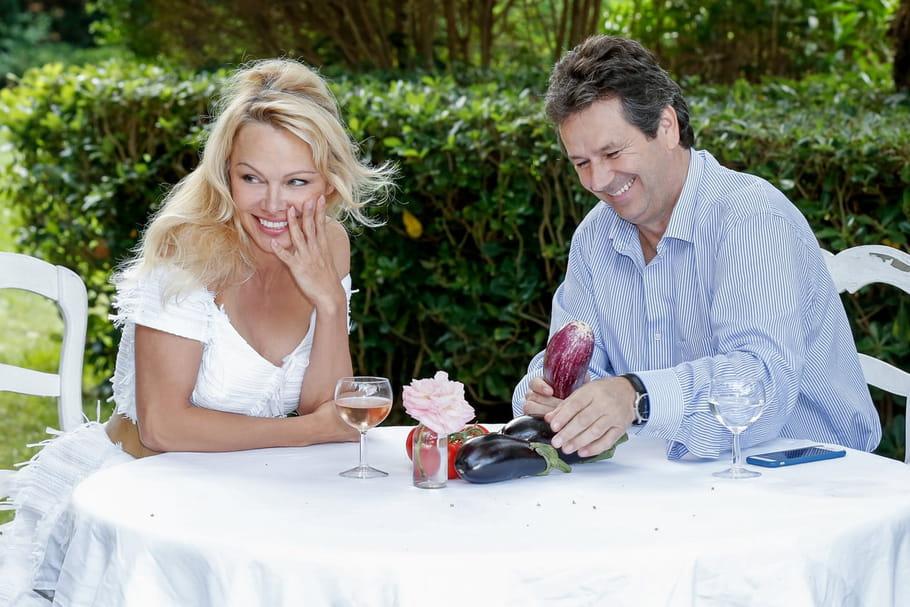 Pamela Anderson ouvre son restaurant éphémère à Ramatuelle