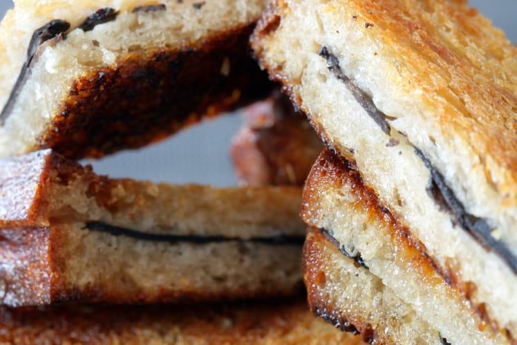 Sandwich tiède à la truffe fraiche et beurre salé