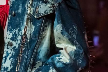 Gucci (Close Up) - photo 64