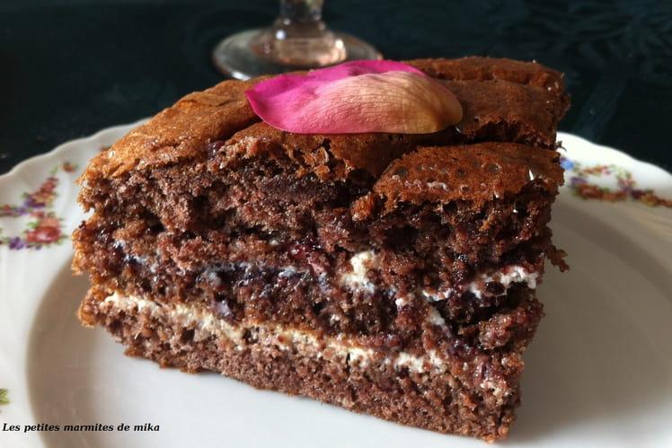 Layer cake mi-tiramisu mi-forêt noire