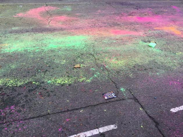 Sur le pavé, les couleurs