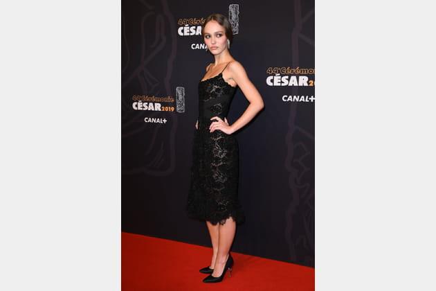 TOP: Lily-Rose Depp en robe moulante Chanel