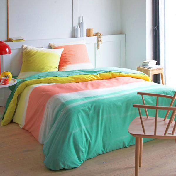 parure d grad e des 3 suisses. Black Bedroom Furniture Sets. Home Design Ideas