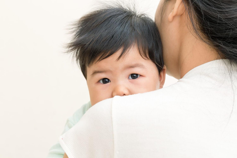 Pourquoi mon bébé vomit-il?