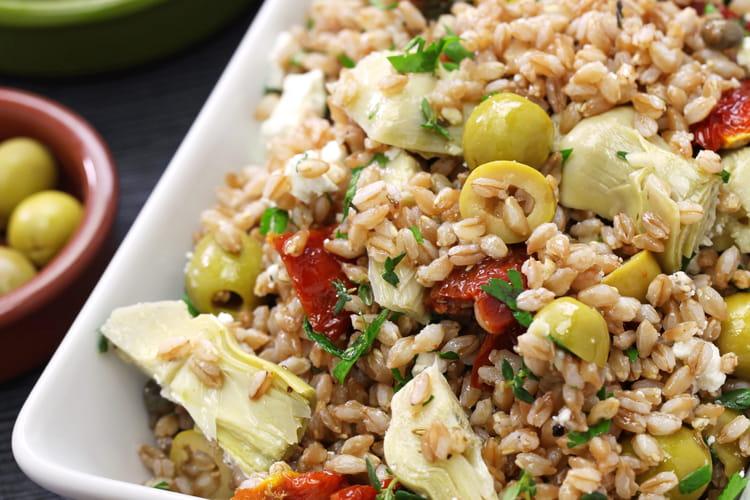 Salade d'été épeautre et artichauts