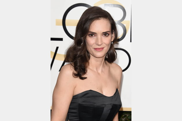 Le one shoulder de Winona Ryder