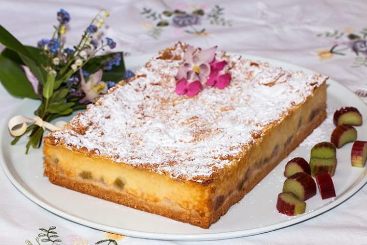 Gâteau crémeux façon flan à la rhubarbe