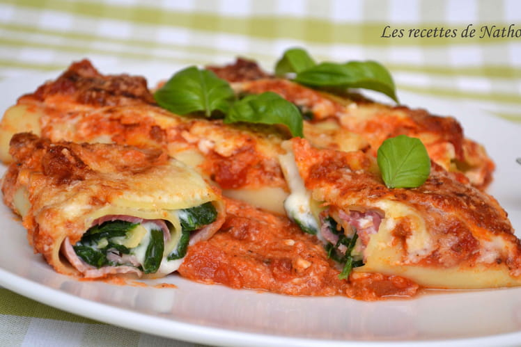 Lasagne bolognaise roulée au jambon et épinards, béchamel au parmesan