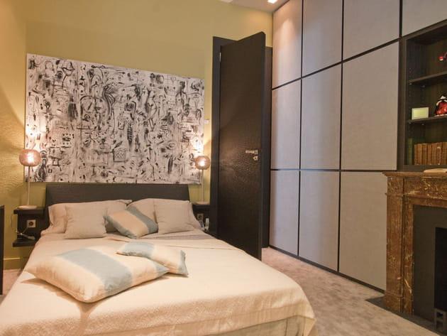 chambre design au style feutr. Black Bedroom Furniture Sets. Home Design Ideas
