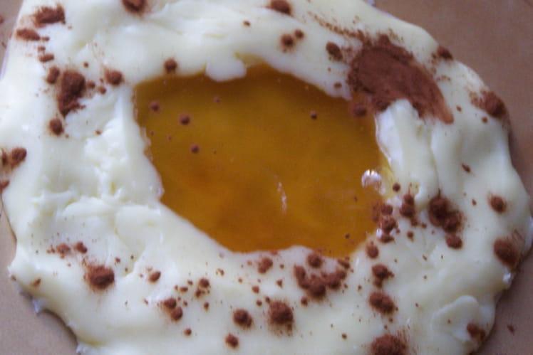 Oeuf au plat chocolat blanc ananas