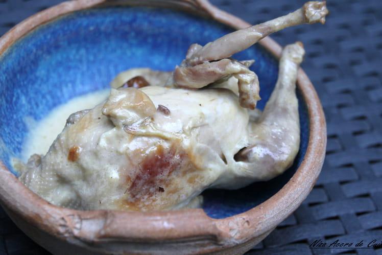 Cailles flambées et sauce aux cèpes