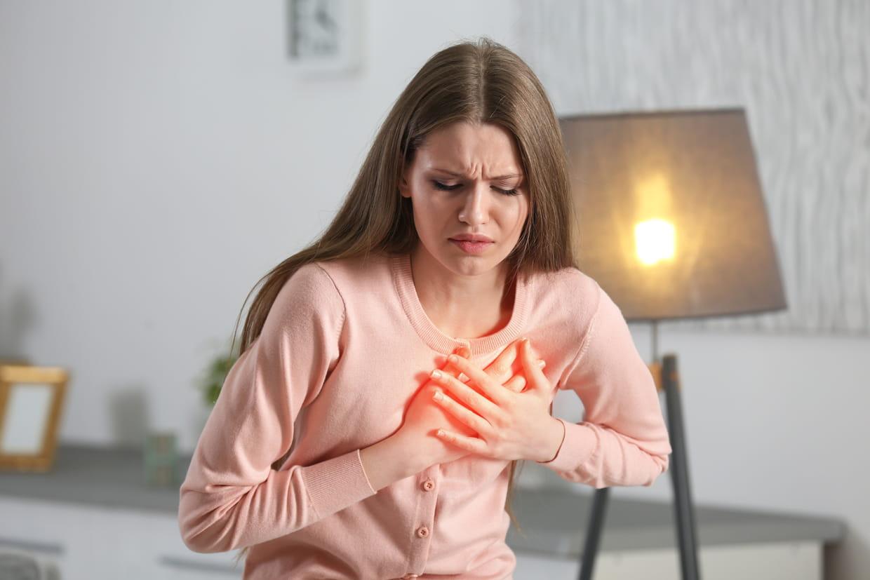 Douleurs intercostales et thoraciques : des causes multiples