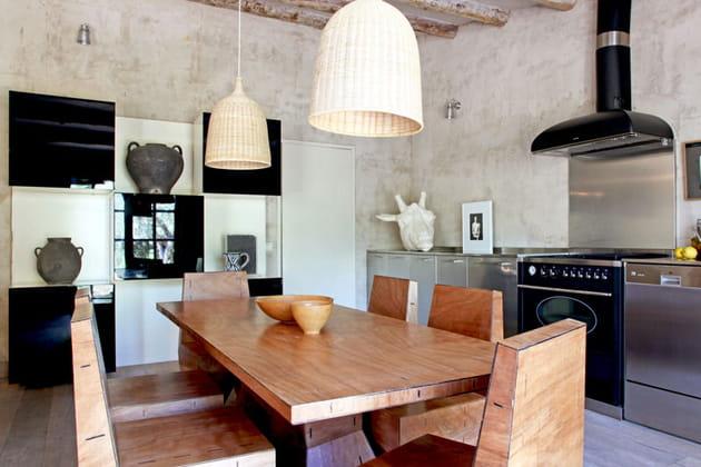 Cuisine design et chaleureuse