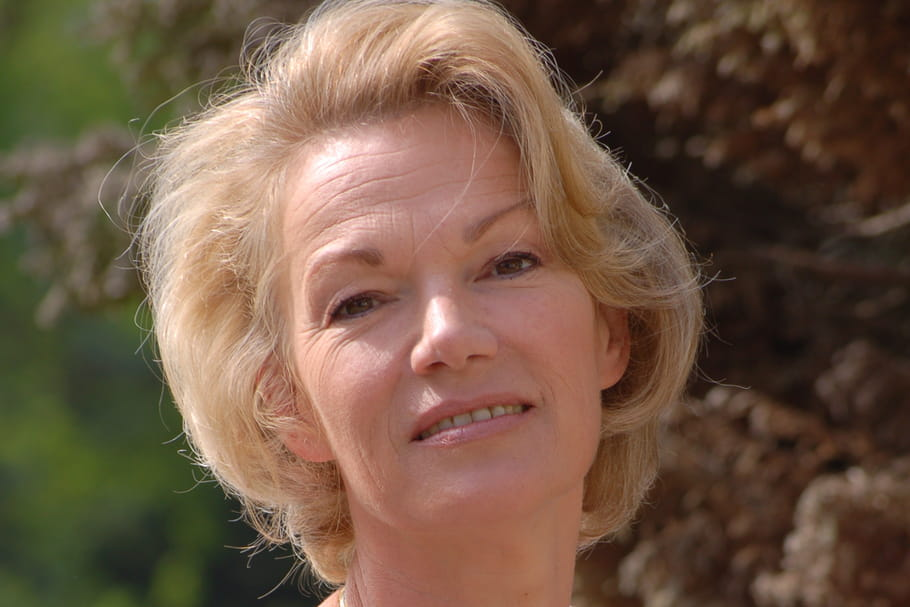 """Brigitte Lahaie : """"Notre société ne sait pas parler ni d'amour ni de sexe"""""""