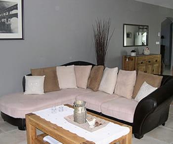 une ambiance cosy et reposante. Black Bedroom Furniture Sets. Home Design Ideas