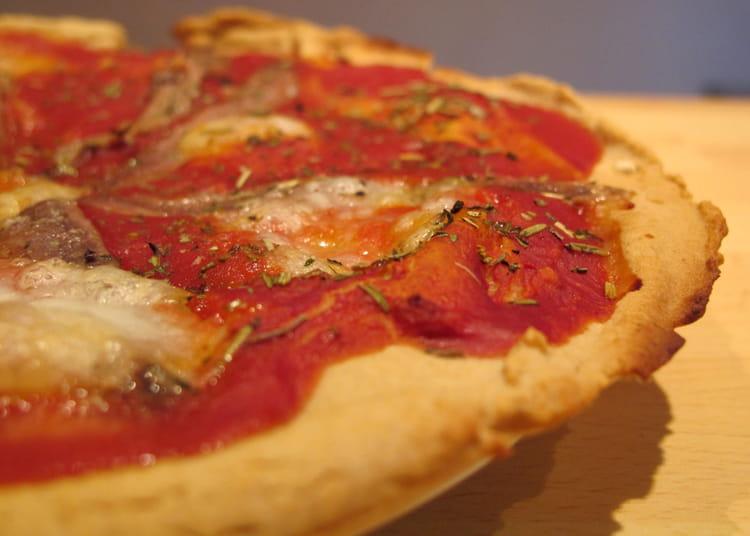 recette de pizza napolitaine sans gluten la recette facile. Black Bedroom Furniture Sets. Home Design Ideas