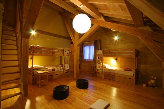 Une chambre dortoir