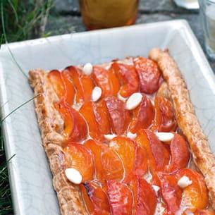 tarte aux abricots et ses amandons, sorbet au romarin
