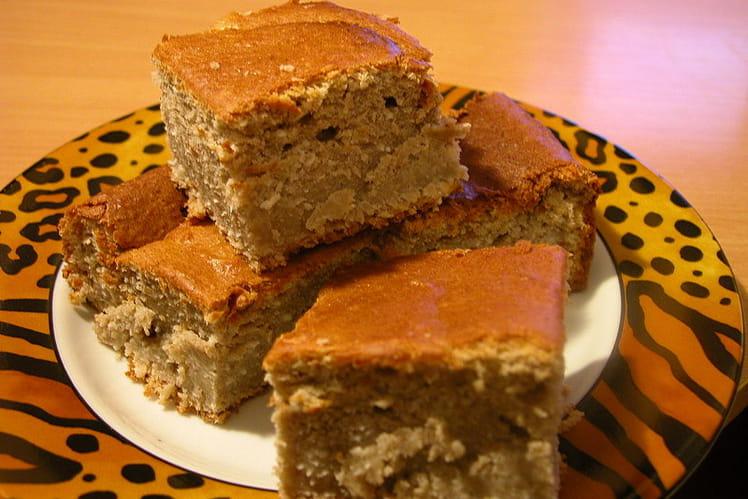 Gâteau antillais aux bananes, noix de coco et rhum