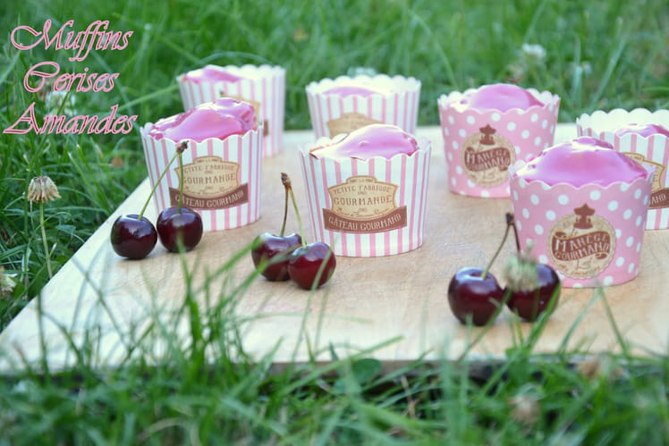 Muffins cerises-amandes