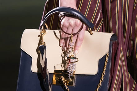 Mulberry (Close Up) - photo 24