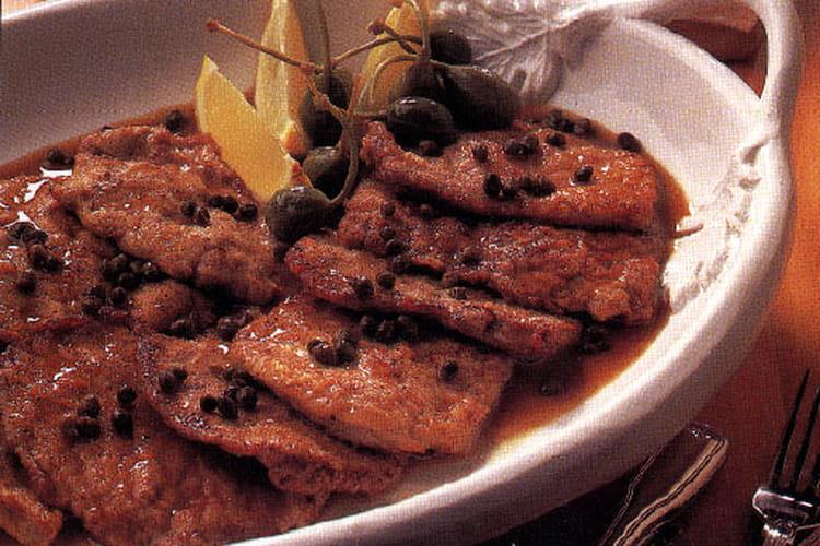 Escalope de veau, sauce au citron et aux câpres