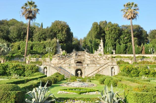 (6) villa garzoni courtesy lionard