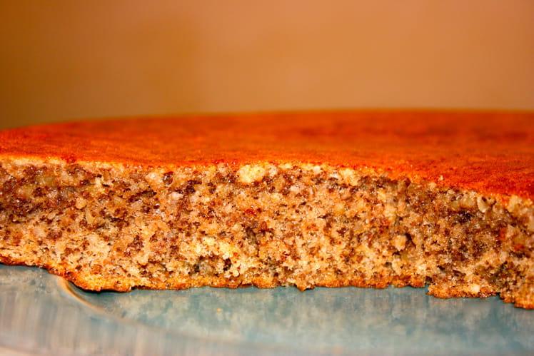 Gâteau aux noix, rhum et sirop d'érable