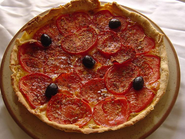 Recette De Tarte A La Tomate Et Pate Brisee Maison La Recette Facile