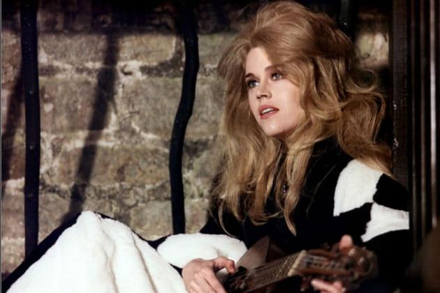 Jane Fonda, Histoires Extraordinaire (et crinière de lionne)