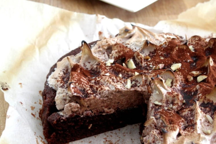 Gâteau chocolat/noisettes meringué