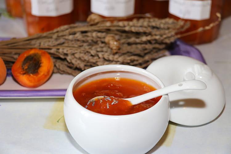 confiture abricot romarin lavande