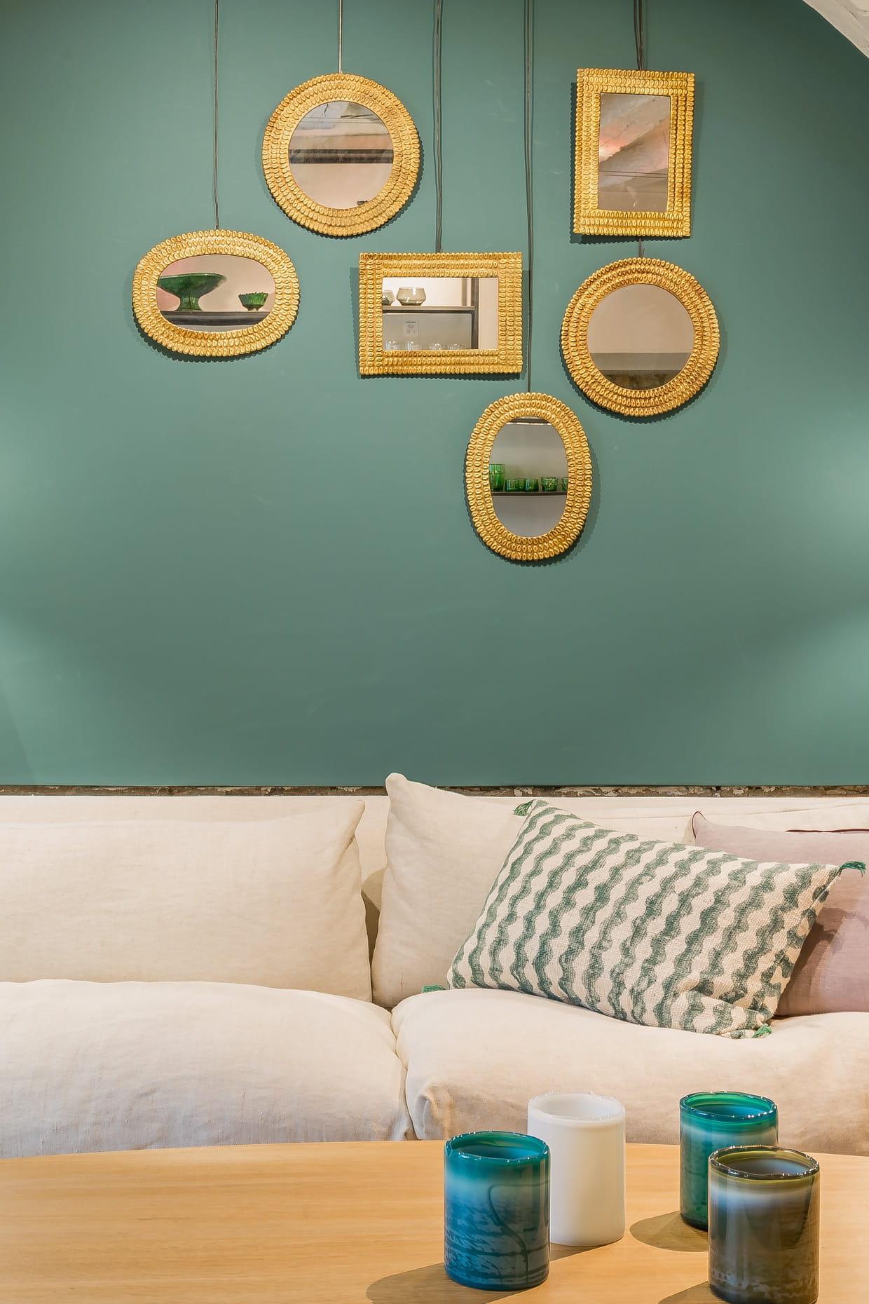 miroirs klint de caravane. Black Bedroom Furniture Sets. Home Design Ideas
