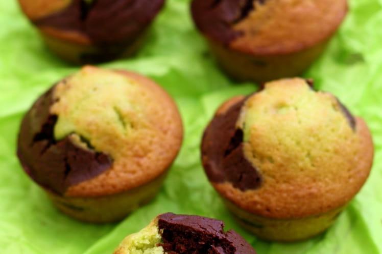 Muffins marbrés au chocolat et pâte de pistache
