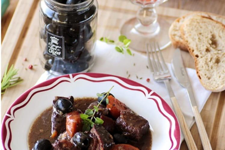 Boeuf bourguignon aux olives d'Espagne