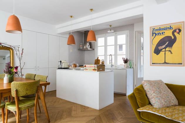 Une cuisine avec lot qui s 39 ouvre sur la pi ce de vie - Deco piece a vivre avec cuisine ouverte ...
