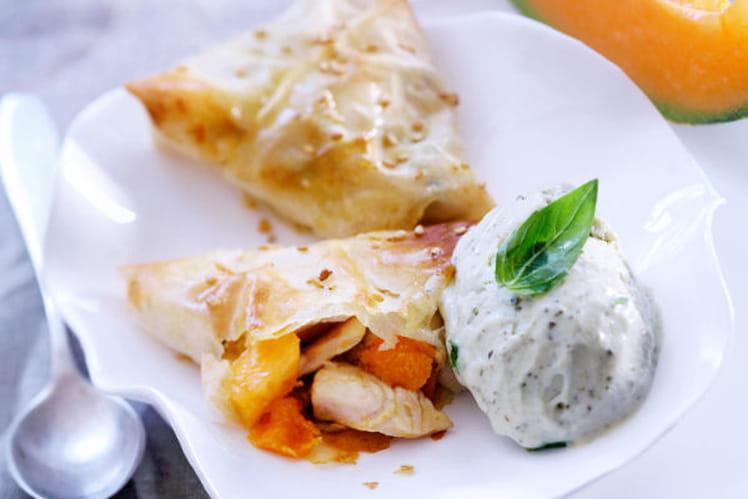 Croustillant de poulet et melon chaud et sa crème glacée au basilic