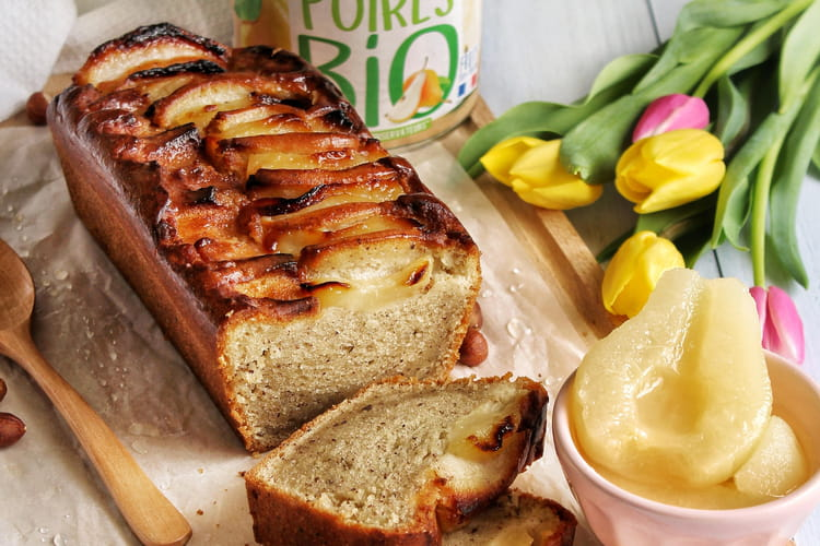 Cake vegan poire & noisette