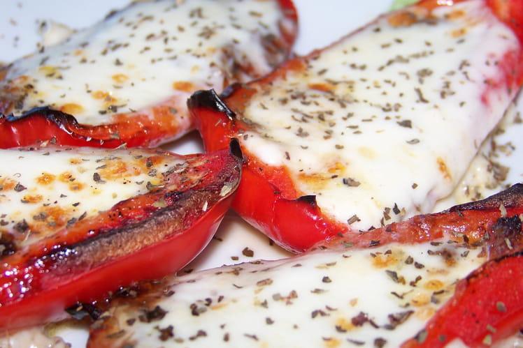 Pirogues de poivron à la mozzarella