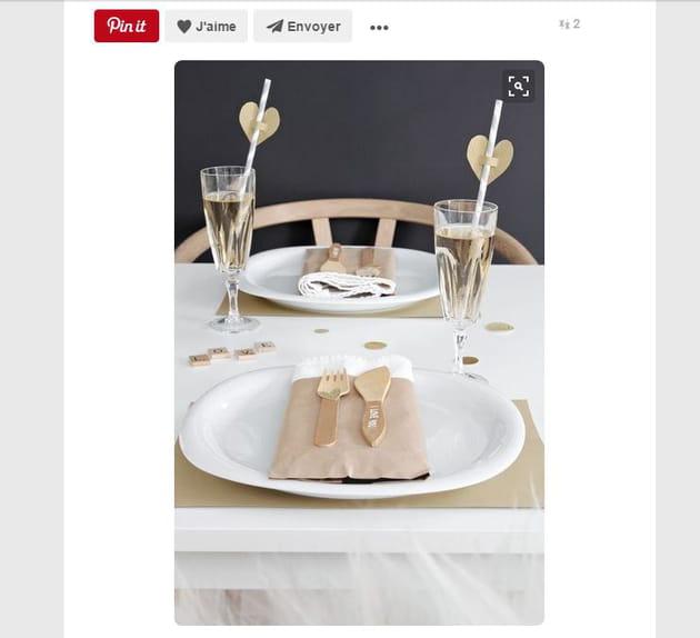 Table de Saint-Valentin dorée