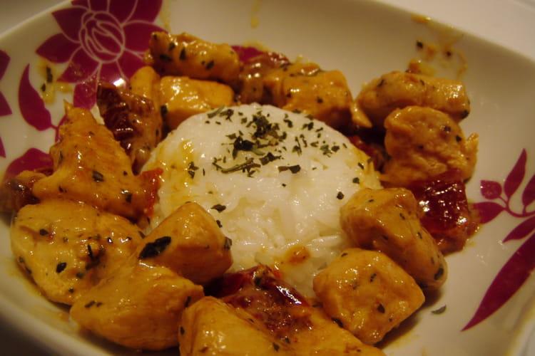 Emincé de poulet aux tomates séchées
