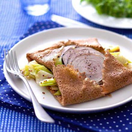 galette de blé noir aux poireaux fondants et andouille de guémené