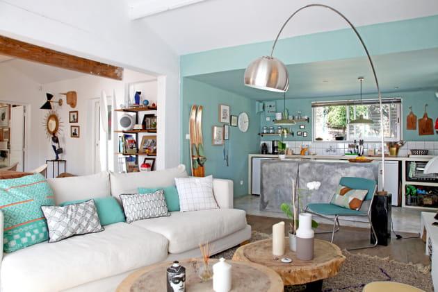 Salon design bleu aigue-marine