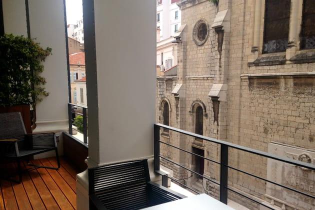 "Le vaste balcon de la Suite ""So Suite"""