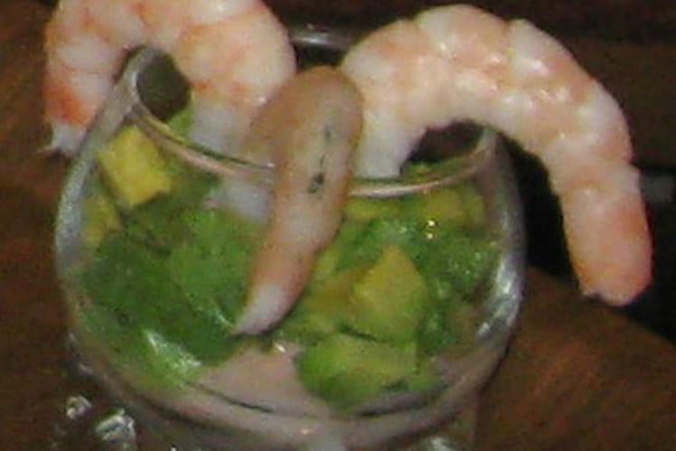 Verrines saumon-avocat-crevettes
