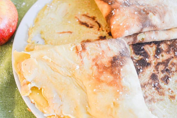 Crêpes alsaciennes fourrées aux pommes